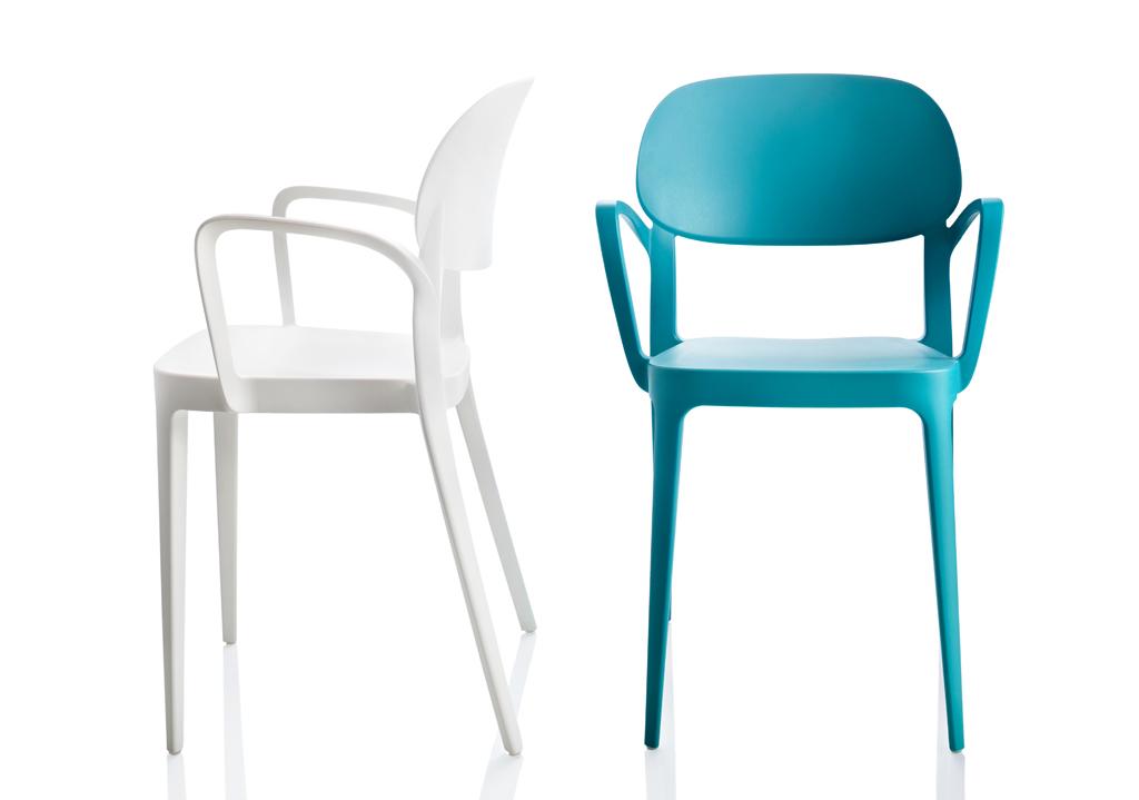 Un tocco di eleganza al tuo giardino elementi interior for Voga mobili design